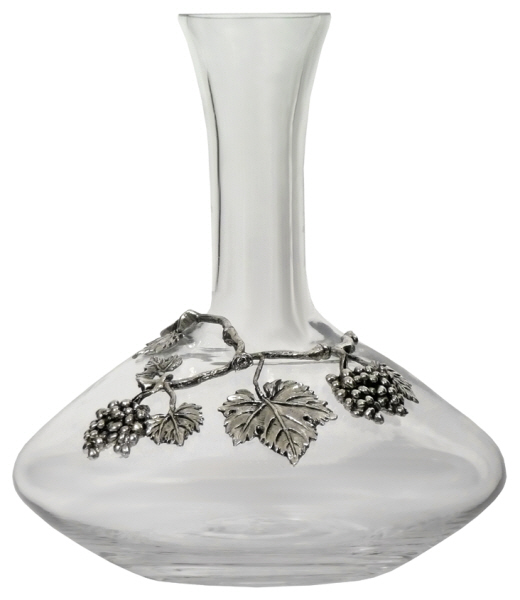 Decanters : Decanter Decorated with Pewter Grapes