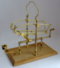 Gift Ideas : Decanting Cradle - Low (Brass)
