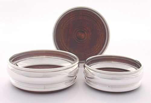Bottle Accessories - ALL : Coaster Bellied 12.75cms (Silver Plate)
