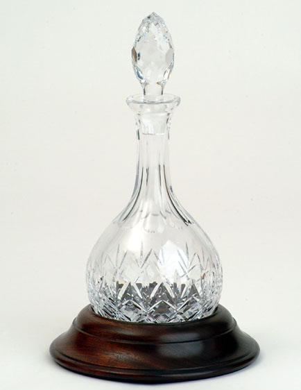 Decanters : Hogget Decanter Cut Crystal with Hardwood (Sapele) Base - Bottle - Mouth Blown