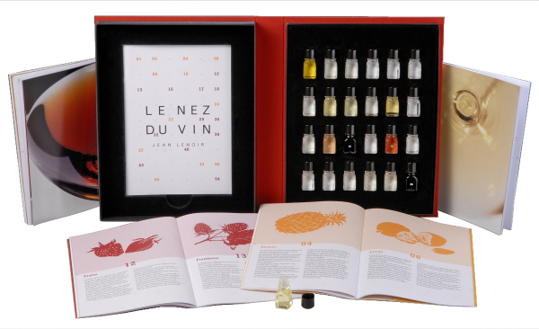 Wine Tasting Accessories : Le Nez du Vin Duo - 12 Red Wines & 12 White Wines