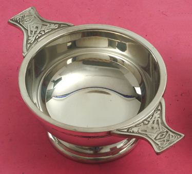 Whisky and Other Drink Accessories : Quaich -  Whisky Taster - Celtic Band 3 inch (Pewter)